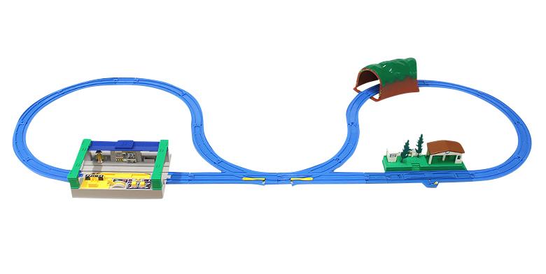 特急列車にぴったりのレイアウト ターンアウトレールでいったりきたり